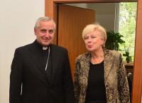 Diecézní biskup Vlastimil Kročil se setkal s hejtmankou Ivanou Stráskou