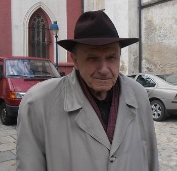 Mše svatá na poděkování za 90 let Mons. Václava Kulhánka